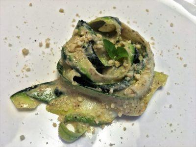 Tagliatelle din zucchini cu pesto - Cristela GEORGESCU