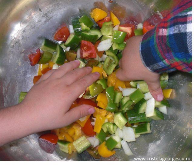 Salată 2P stropită cu Vitamina L